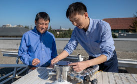 Stanford Professor Shanhui Fan (left) and postdoctoral scholar Zhen Chen