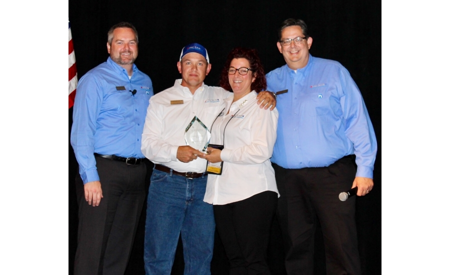 Chris And Dona Rattray Center Owners Of Aire Serv In Marion County Were Honored With The President S Award Top Gun Recognition