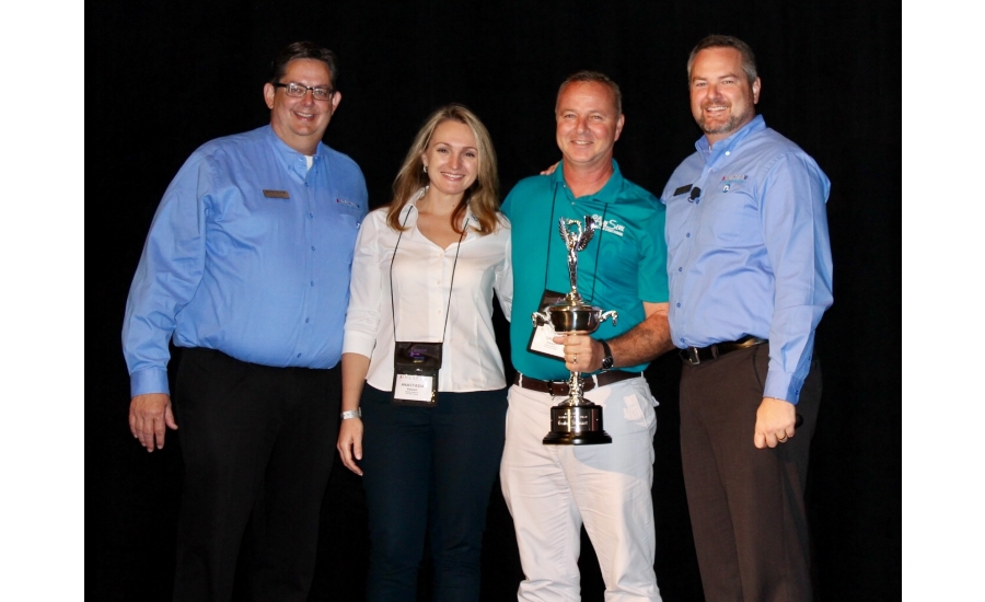 Grady Center Right Owner Of Aire Serv In Melbourne Florida Received The Rookie Year Award